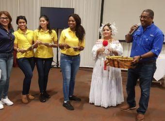 la-familia-etesa-celebra-el-dial-liniero-en-panama